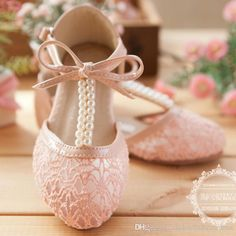 9264f7b5ae04 Cute Wedding Girls Shoes Lace Pearl Bow Hollow Lace Up Flower Girl ...