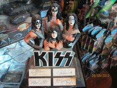 KISS Rock Legends Porcelain Figurine Personally Autographed by Band certified