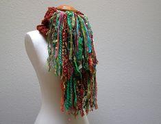 ave fénix que renace.  handknit bufanda gruesa.  arte bufanda flecos de hilo.  cálida lana de invierno de punto de abrigo de la bufanda de la bufanda.  moho verde azulado turquesa oro verde