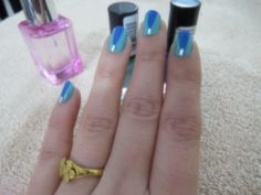nail art- blue chic https://www.youtube.com/watch?v=9uEayZnrsZQ