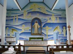 Polvijarven kirkko Kirkon alttariseinällä keskellä on S. A. Keinäsen…
