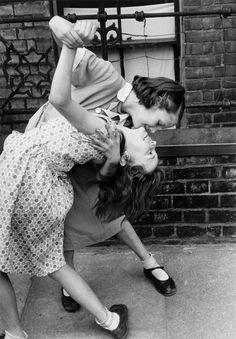 "letaobloquista: "" Robert Doisneau, Tango in the East End, London, 1954 © Atelier Robert Doisneau """