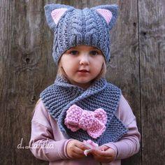 How to Crochet A Beautiful Shawl ? Fingerless Gloves Crochet Pattern, Baby Booties Knitting Pattern, Crochet Socks Pattern, Baby Hats Knitting, Baby Knitting Patterns, Romper Pattern, Crochet Simple, Quick Crochet, Crochet Shell Stitch