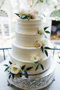 Love this stunning tiered cake with flowers.