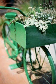 Green bicycle w/green painted wooden bike basket filled w/flowers Go Green, Green Colors, Royal Green, Photo Velo, Garden Art, Garden Tools, Garden Ideas, Bike Planter, Decorative Planters
