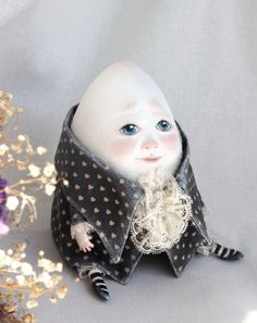 Humpty Dumpty by WonderlandNatalie on Etsy