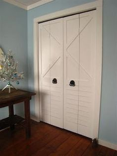 JUNK CAMP: Redisgned bi-fold doors