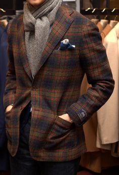 Tweed Walk: Ring Jacket Moon Jersey Tweed Drake's Wool Cashmere Scarf Armoury Blue Denim Mens Fashion Suits, Mens Suits, Men's Fashion, Winter Fashion, Tweed Suits, Modern Gentleman, Gentleman Style, Sharp Dressed Man, Well Dressed Men