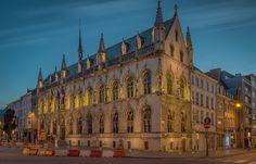 Game of Lights - Stadhuis Kortrijk in Grote Markt, Belgium