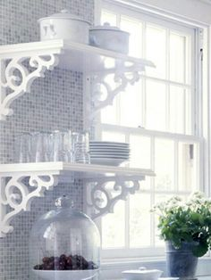 Love the open shelves & brackets. Kitchen decor.