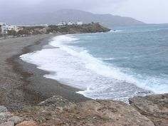 Discover the village of Makrigialos in Crete. Read more about the location, the sightseeing, the beaches and all the thinks to do in Makrigialos. Crete, Seaside, Beaches, In This Moment, Explore, Water, Outdoor, Gripe Water, Outdoors