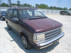 We had an '86 in the same color as this '89.  No roof racks, but we did have running boards.