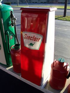 Sinclair Oil Tank (Rear Angle) by The Upstairs Room, via Flickr