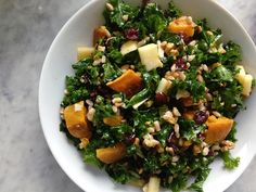 While everyone is getting excited about pumpkin spice lattes and apple pie, we're all suited up to make a hearty fall salad that makes for a perfect leftover lunch. With a crunchy kale base and mix-ins ranging from roasted root veggies, tart apples, toasted nuts, and Pecorino cheese, this salad is far from shy on flavor. Get creative with your components and rely of seasonal fall produce to make a satisfying, healthy meal that will only taste better the next day.