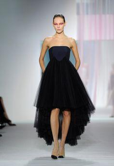 Christian Dior vestido negro - Buscar con Google