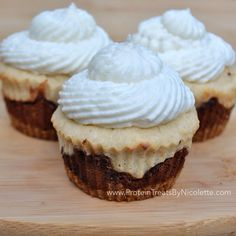 Protein Treats by Nicolette: S'mores Quest Bar Cupcakes Protein Cupcakes, Low Carb Cupcakes, Yummy Cupcakes, Protein Snacks, Protein Recipes, Cupcake Recipes, Cupcake Cakes, Bar Recipes, Low Fat Cream Cheese