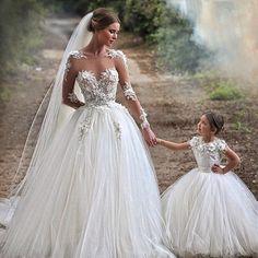 Wedding Dresses : M_1547