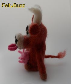 Limousin cow finger puppet Une vache Limousine marionnette du doigt Felt.Buzz