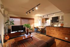 LIVING/DINING/KITCHEN/room/リビング/ダイニング/キッチン/フィールドガレージ/FieldGarage INC./リノベーション Diy Interior, Living Room Interior, Modern Interior Design, Home Living Room, Kitchen Interior, Interior Architecture, Living Spaces, Interior Decorating, Japanese Interior