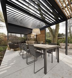 Treetops View: Freestanding Louvre Roof - cases