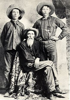 Photo courtesy John M. Motter The O'Neal family was among several families who, in 1875, drove a herd of longhorn cattle from Dublin, Texas, to Cimarron, N.M., following the Pecos Trail. In 1877, the O'Neals moved to Colorado, first settling along the Pine River near today's Bayfield, then moving north of Pagosa Springs where they continued to raise cattle. The area north of Pagosa Springs called O'Neal Park is named for this family.