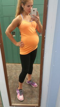 c80f491d5  33weeks and getting my sweat on pre-Thanksgiving meal!  lululemon tank and