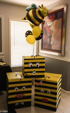 The gender reveal boxes my sister made specially for us. The baby bee had a balloon on the inside that revealed whether our baby was a boy or a girl. What will it bee? it is a boy!! Thank sis.. Love your creativity!