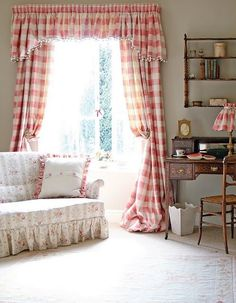 shabby chic decorated rooms | Home Decor / Shabby Chic sitting rooms