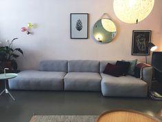 Mags Soft Sofa van HAY *** VAN € 3317 VOOR € 2250 *** Bel of kom langs in een van onze winkels te Den Bosch Maximalism, Sofas, Couch, Living Room, Furniture, Design, Home Decor, Home, Homes