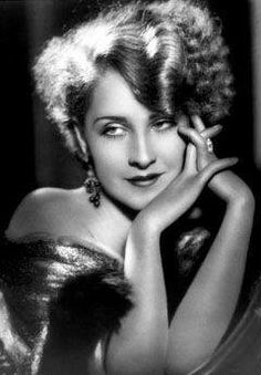 Norma Shearer-  One of my absolute favorites!   Her an Claudette Colbert