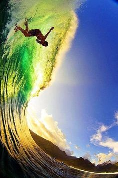 Surfing - This is SICK ☮ re-pinned by http://www.wfpblogs.com/author/southfloridah2o/