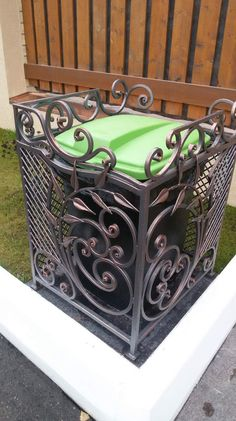 Metal Furniture, Garden Furniture, Metal Crafts, Wood Crafts, Craft Iron, Blacksmith Forge, Wrought Iron Decor, Metal Bending, Iron Work
