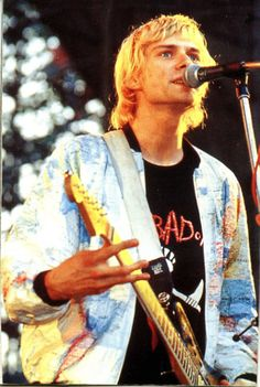 28 rare pictures of kurt cobain rare pictures musicians and kurt donald cobain february 20 1967 c april 5 1994 was an american singer songwriter musician and artist best known as the lead singer and gumiabroncs Images