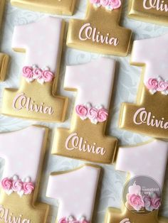 Personalized Pink and Gold First birthday Number 1 (one) -One Dozen Decorated Su. - Personalized Pink and Gold First birthday Number 1 (one) -One Dozen Decorated Sugar Cookies – Eas - 1st Birthday Cake For Girls, First Birthday Cookies, One Year Birthday, Baby Girl 1st Birthday, First Birthday Parties, 1st Birthday Party Ideas For Girls, Pink And Gold Birthday Party, Bolo Da Minnie Mouse, Pink Und Gold
