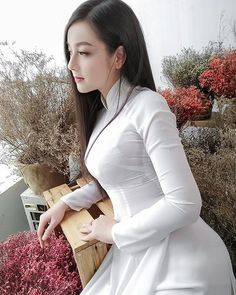 Watch Cam porn videos for free, Visit to watch Beautiful Girl Image, Beautiful Asian Women, Vietnam Girl, Vietnamese Dress, Vietnamese Traditional Dress, Cute Asian Girls, Ao Dai, Looks Style, Traditional Dresses