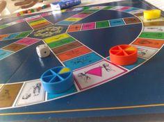 DAY 62 : Réussir à faire jouer toute sa famille au Trivial Poursuite ! #MissionAccomplie #Pâques #SundayAfternoon #FamilyTime