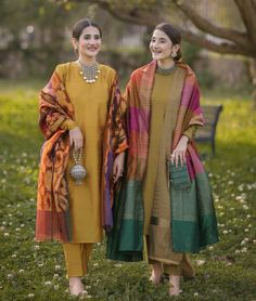 Mahrukh - the light of her father's eyes              21 years old   … #romance #Romance #amreading #books #wattpad Simple Pakistani Dresses, Dresses Elegant, Indian Gowns Dresses, Indian Fashion Dresses, Dress Indian Style, Pakistani Dress Design, Indian Wear, Indian Fashion Trends, Outfit Designer