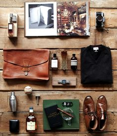 GENTLEMAN'S ESSENTIALS - perfect sans the baseball.