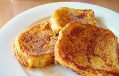 Breakfast for lunch. French toast sticks are great for a lunch box, with a side of syrup for dipping. Healthy Toddler Lunches, Toddler Meals, Kids Meals, Toddler Food, Breakfast And Brunch, Breakfast Recipes, Diet Breakfast, Dash Diet Recipes, Lunch Recipes