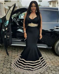 Wednesdays are days we show off our Style Crush, and of course to get style Tsonga Traditional Dresses, South African Traditional Dresses, Traditional Wedding Dresses, Xhosa Attire, African Attire, African Fashion Dresses, African Clothes, African Wear, Aso Ebi Styles