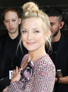 Kate Hudson's tilted messy bun is a playful update on the traditional ballerina bun. // #CoutureWeek #Beauty