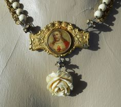 Christmas Rose           Vintage Assemblage Necklace