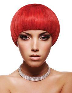 präsentiert von www.my-hair-and-me.de #women #hair #haare #red #rot #straight #glatt #kurzhaarfrisur #necklace