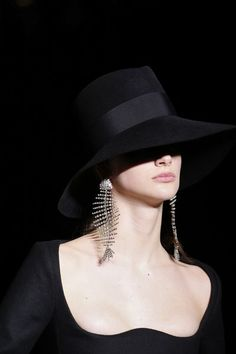 See every detail from the Saint Laurent Fall 2018 collection.