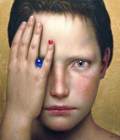 La bella, perturbadora y surrealista pintura de Dino Valls
