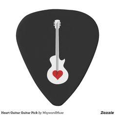 Púa de guitarra de la guitarra del corazón Más