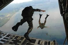 Free Photo: Combat Diver, Special Forces - Free Image on Pixabay - 60545 Special Ops, Special Forces, Air Force Pararescue, Military Workout, Pakistan Travel, Paratrooper, Skydiving, Navy Seals, Winter Soldier
