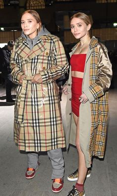 Mary kate and ashley olsen wearing burberry coats #burberrycoat #olsentwins