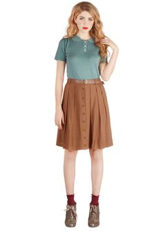 Nutmeg Latte Skirt. Before stepping out the door this morning, you sprinkle a dash of warm spice atop your morning roast and adjust the vegan faux-leather belt of this sienna-brown skirt. #brown #modcloth