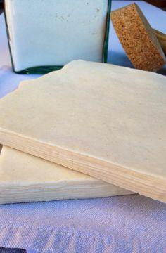 MASA DE HOJALDRE FRANCESA - MY EUROPEAN CAKES Easy Homemade Recipes, My Recipes, Bread Machine Recipes, Bread Recipes, Baked Empanadas, Cooking Tips, Cooking Recipes, Croissant Recipe, Frosting Tips